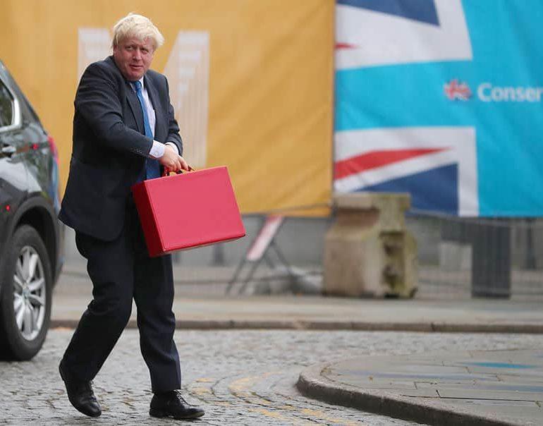 British ministers rally around foreign secretary Johnson over Iran