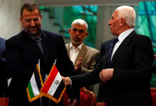 Palestinian rivals Fatah, Hamas sign reconciliation deal