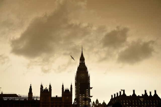 London sky turns yellow as storm blows in Saharan dust