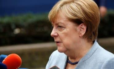 Merkel presses allies to cut funds for Turkey's EU bid