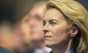 German Defence Minister visits Cyprus