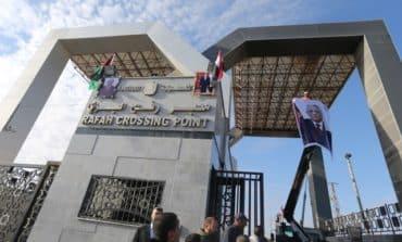 Hamas cedes Gaza border crossings to Palestinian authority