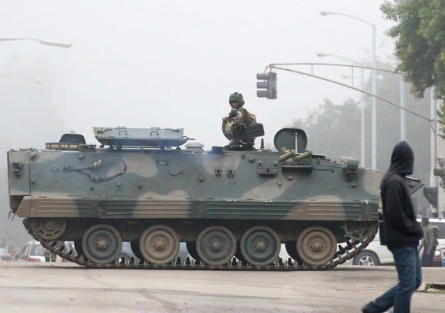 Zimbabwe's army seizes power, targets 'criminals' around Mugabe