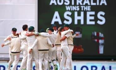 Australia reclaim Ashes with demolition job