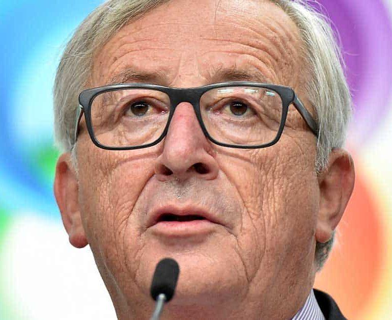 EU moves closer to defence union
