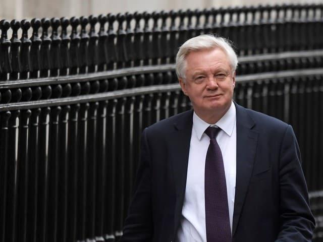 Make gentleman's agreement with Britain binding – EU lawmakers