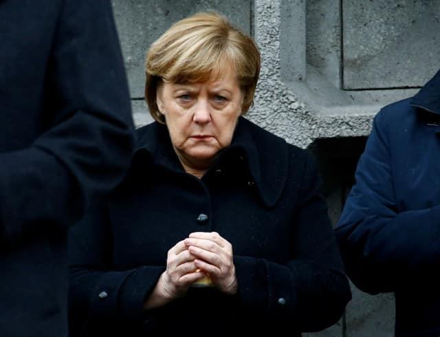Support slides for Merkel serving full term