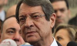 Anastasiades calls on Turkey to end gas standoff, return to talks (Update 3: adds Akinci)