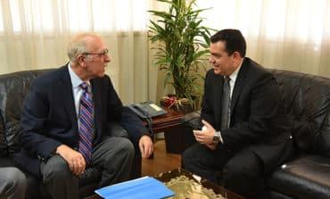 Cyprus, Greece discuss arms sales under EU defence umbrella