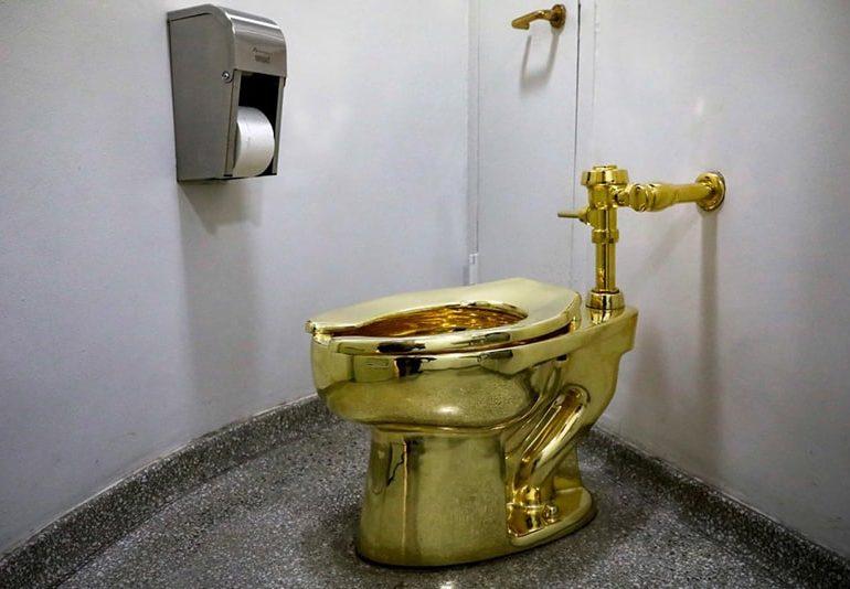 Museum offered 18-karat toilet to Trump