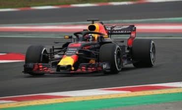 Ricciardo leads F1 testing, Alonso loses a wheel