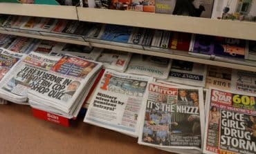 Daily Mirror owner agrees deal to buy Express titles