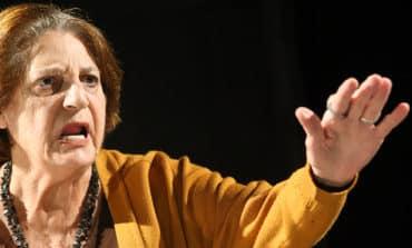 Veteran actress tells of the magic of theatre