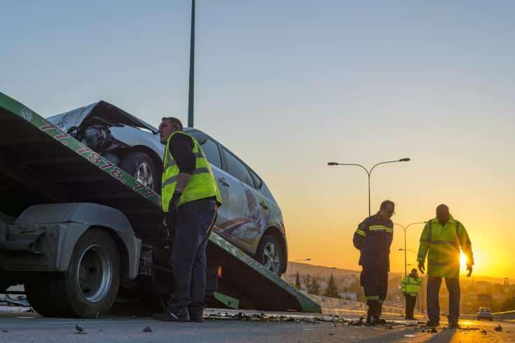 Man dies in violent collision