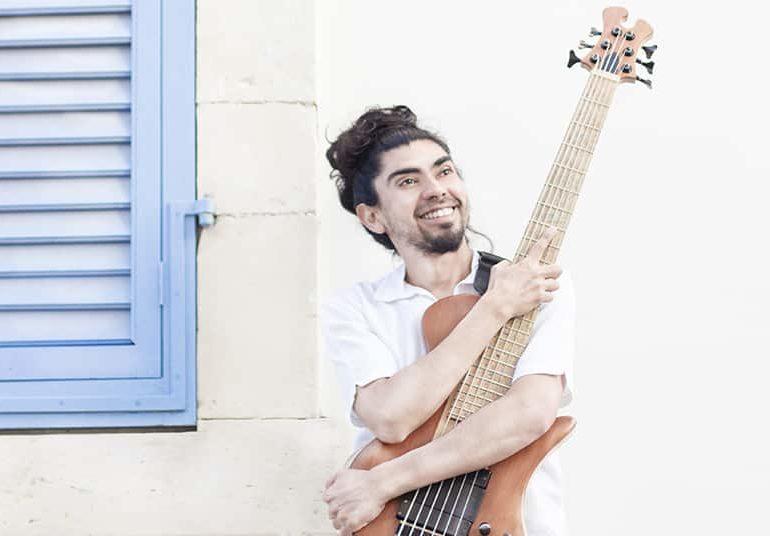 A minute with Rodrigo Cáceres  Professional musician