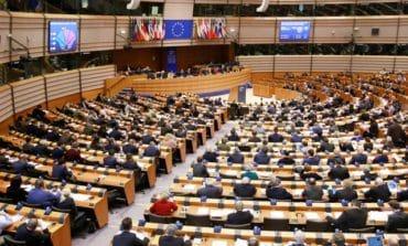 EU lawmakers back action against Poland amid democracy concerns