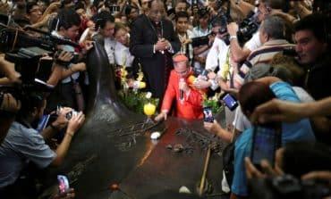 Slain Salvadoran Archbishop Romero to be made a saint