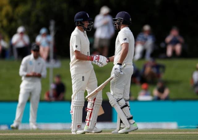 Bad light hinders England bid for Christchurch win