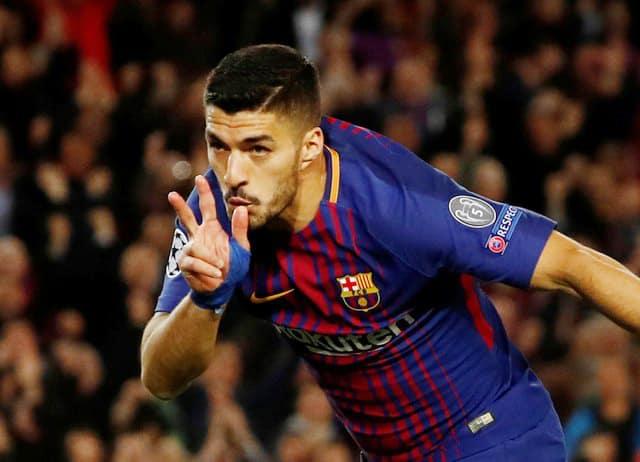 Roma own goals give Barcelona huge advantage