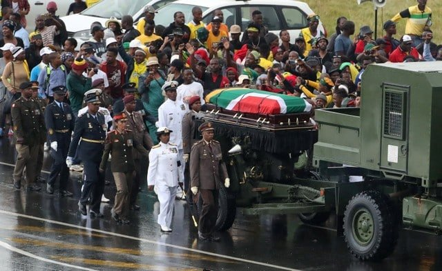 Thousands of South Africans say goodbye to Winnie Mandela