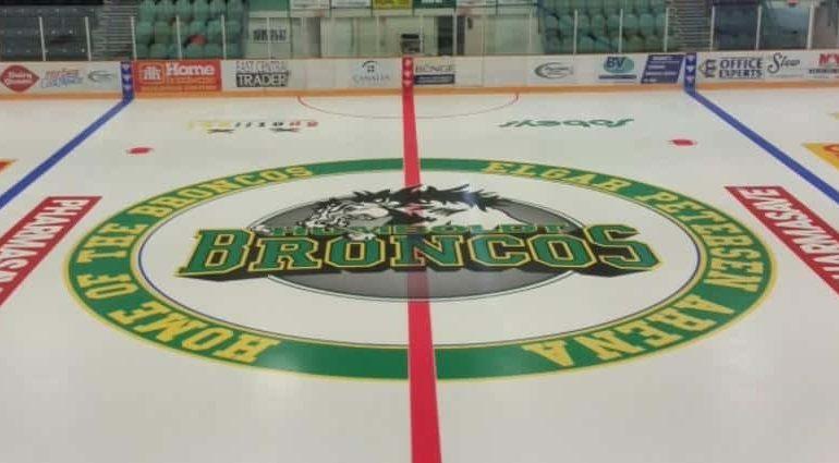 14 killed in bus crash involving junior hockey team in Canada