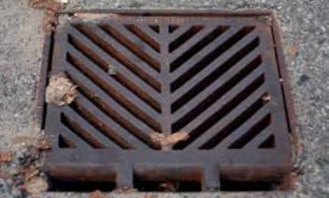 Man allegedly stole 43 drain covers