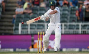 South Africa's De Villiers quits international cricket