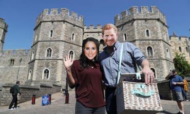 Cups and condoms: vendors offer up array of royal wedding memorabilia