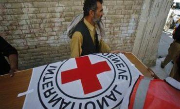 Red Cross sends war surgeons, supplies to Gaza 'a sinking ship'