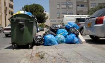 Strovolos binmen on strike over private contracts (Updated)