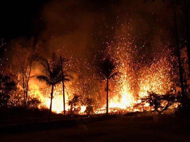volcano-hawaii Lava eruptions destroy 5 Hawaii homes, gas a threat