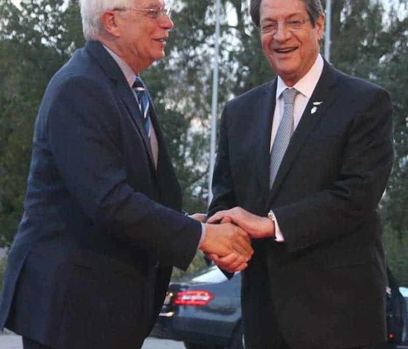 President Anastasiades with Spanish FM Josep Borrell (Photo:Christos Theodorides)