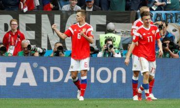 Rampant Russia pummel Saudis 5-0 in World Cup opener (Updated)