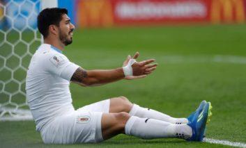 Munching match-winner Suarez toothless