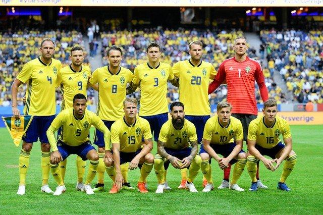 Just enjoy yourselves, Zlatan tells Swedes