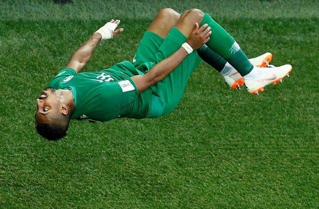 Saudis stun Egypt 2-1 in World Cup farewell