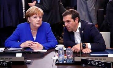 Natoformally invites Macedonia to join alliance