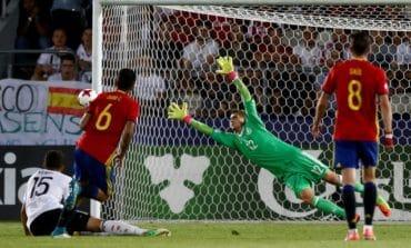 Chelsea sign goalkeeper Kepa for world record fee