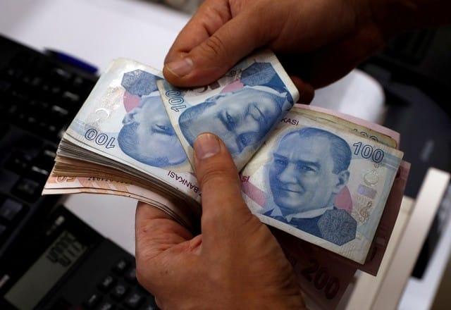 lira Erdogan tells Turks to buy lira; currency crashes to record low