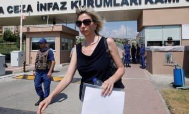 U.S. imposes sanctions on Turkish officials over pastor's detention [V]