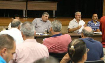 Teachers unions push back decisions until Sunday