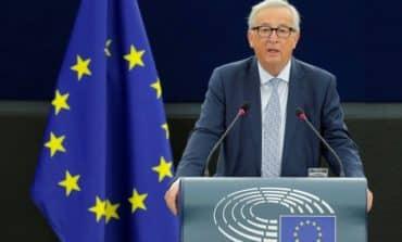 Juncker takes aim at Hungary's Orban over fake news