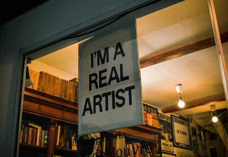 Artists should make art