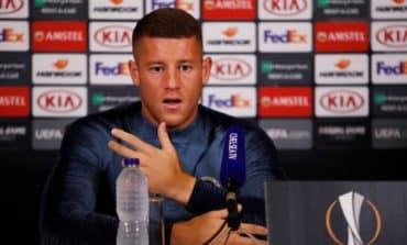 Barkley heaps praise on Chelsea boss Sarri