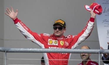 Raikkonen puts Hamilton's fifth title on hold