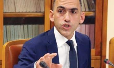 'Government crueller than banks'