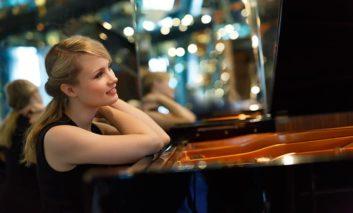 Piano melodies with Katharina Treutler