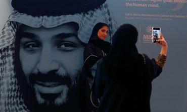 US sanctions 17 for role in killing of Saudi journalist Khashoggi