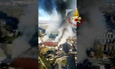 Blaze at Rome rubbish dump throws acrid black smoke over city