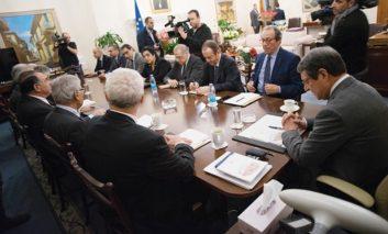 Rift over negotiations deepens, Akel says president 'adopting Denktash vision'
